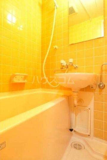 萬ビル 301号室の風呂