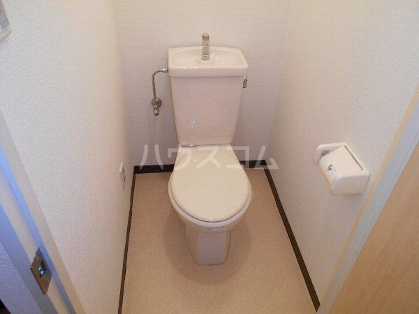 第2メゾンたけ宗 403号室のトイレ