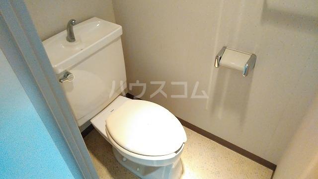 菱和パレス小竹向原 503号室のトイレ