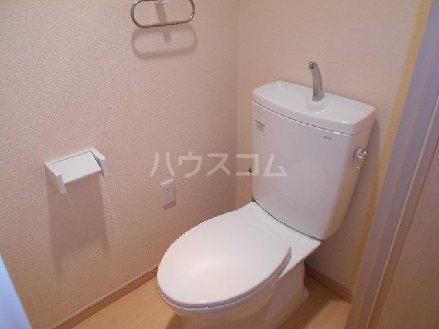 サープラスワン は・る・る 107号室のトイレ