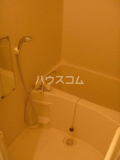 ドゥーエ西池袋 105号室の風呂