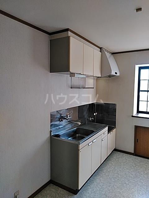 モリヤハイツ 102号室のキッチン