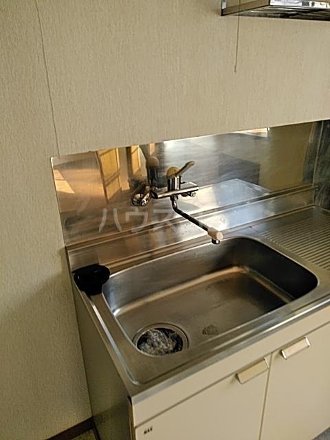 モリヤハイツ 202号室のキッチン