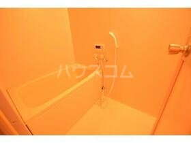 ガーデン山内5 402号室の風呂