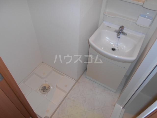 プラウランド小牧 1002号室のキッチン