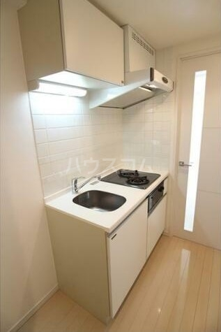 コンシェリア・デュー池袋 1003号室のキッチン