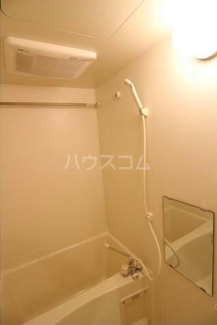 コンシェリア・デュー池袋 1003号室の風呂
