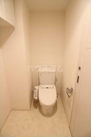 コンシェリア・デュー池袋 1003号室のトイレ