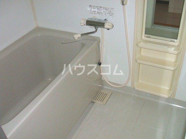 サン・friends愛 103号室の風呂