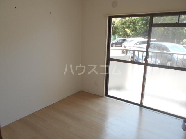 パレロアール戸塚 105号室の居室
