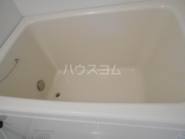 パレロアール戸塚 105号室の風呂