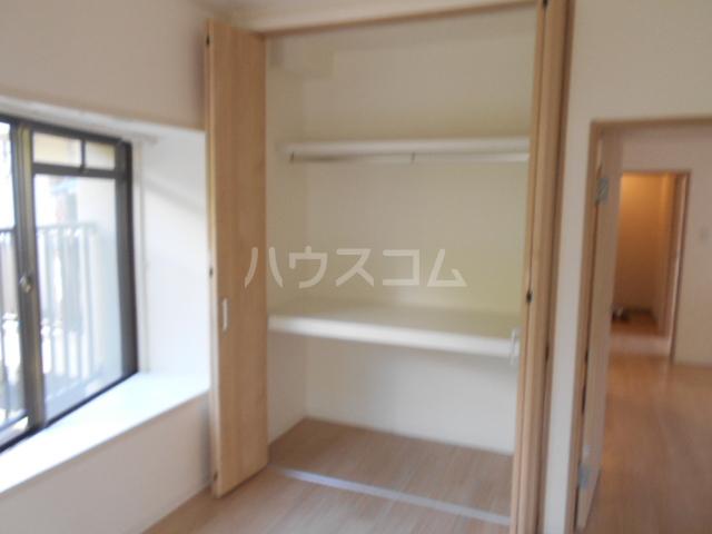 パレロアール戸塚 105号室の収納