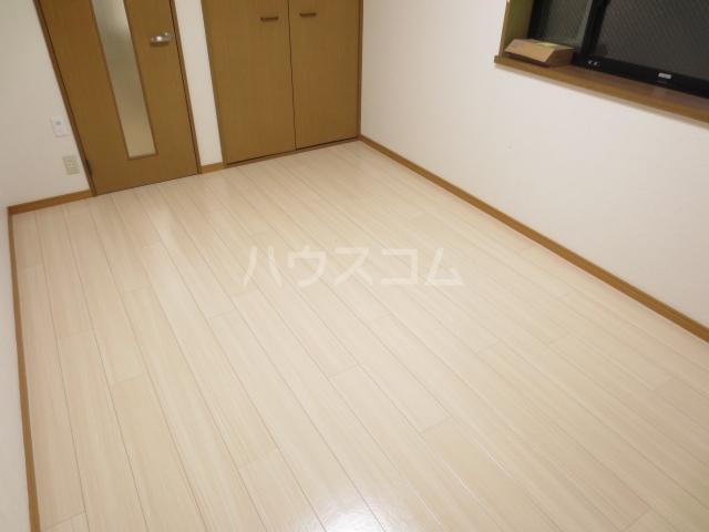 エステートIKEDAⅡ 101号室の居室