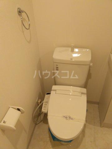 ランズ池袋 701号室のトイレ