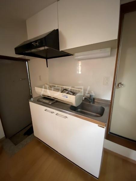 アリックスビル 403号室のキッチン