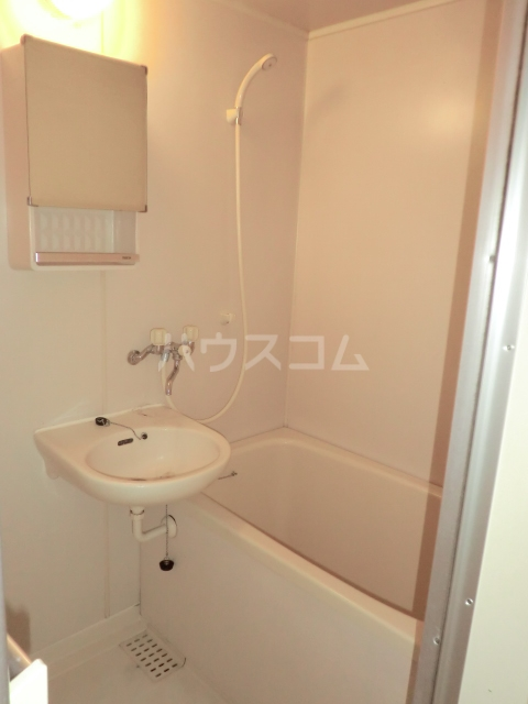 EAST COURT SHIPPO 210号室の風呂