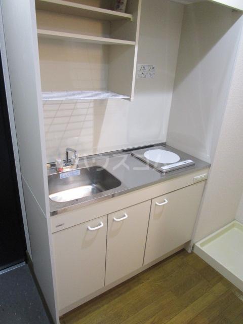 リヴェールプラザ 305号室のキッチン