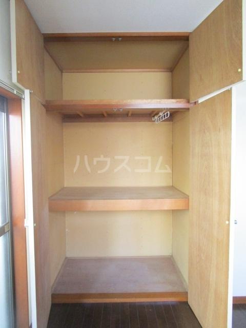 ランド元町 101号室の収納