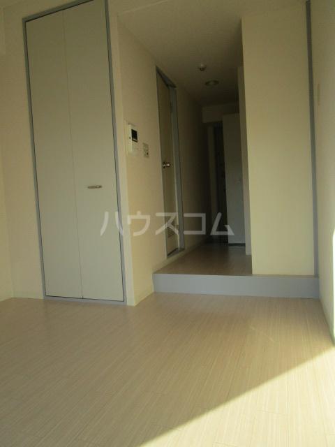 ウインベルソロ国分寺1 605号室の玄関