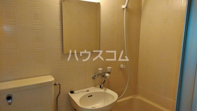 フローラル フジ 2C号室の洗面所