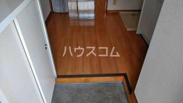 フローラル フジ 2C号室の玄関