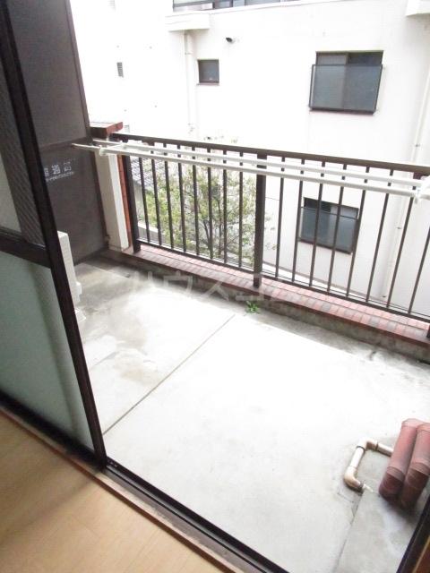千代鶴ビル 322号室のバルコニー