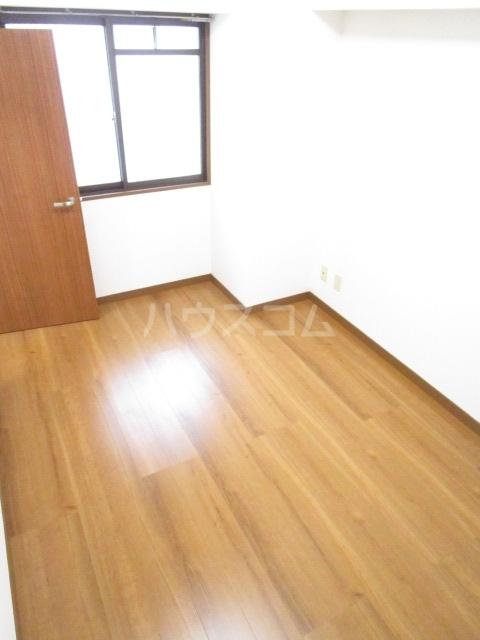 千代鶴ビル 322号室のベッドルーム