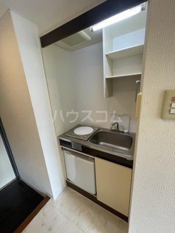 グランデール泉 605号室のキッチン