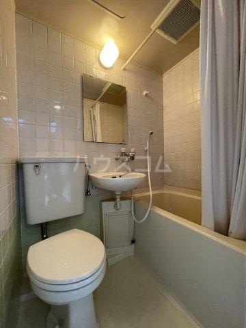 グランデール泉 605号室の風呂