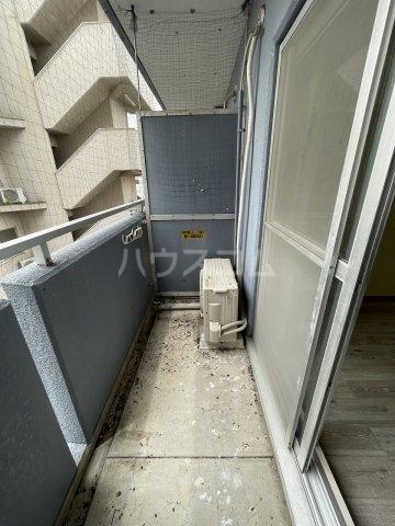 グランデール泉 605号室の収納