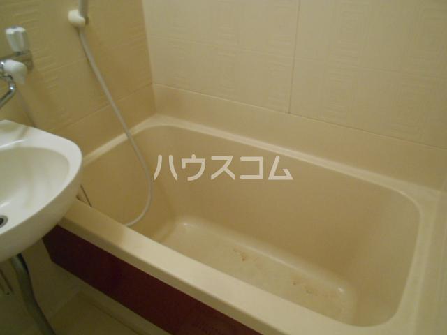 アステールⅡ 2C号室の風呂