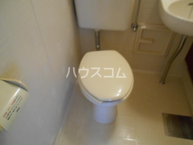 アステールⅡ 2C号室のトイレ