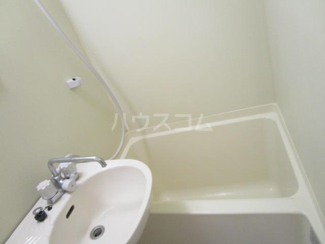 ラサ国分寺B館 105号室のトイレ