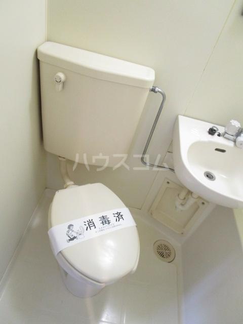 ラサ国分寺B館 205号室のトイレ