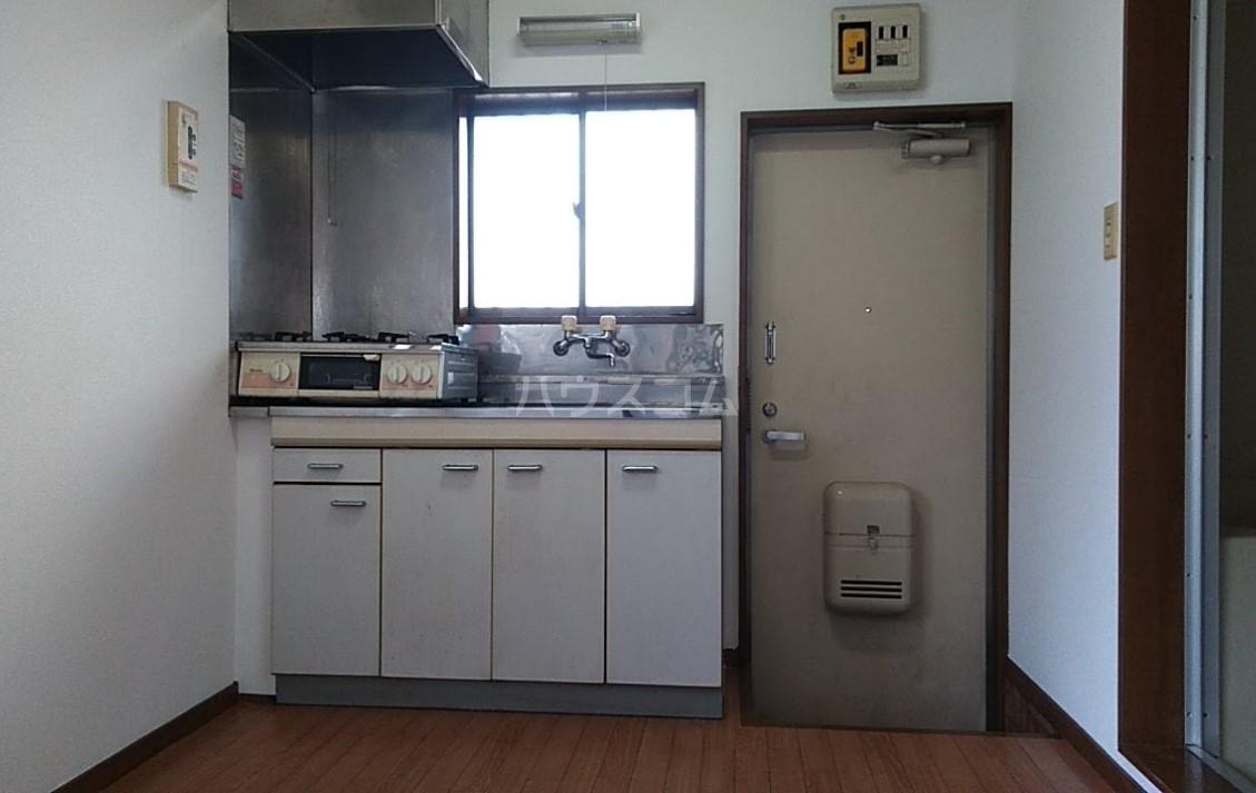 ドエール三上 101号室のキッチン