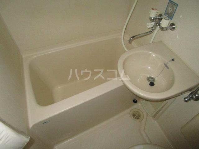 クリエイト国分寺 302号室の風呂