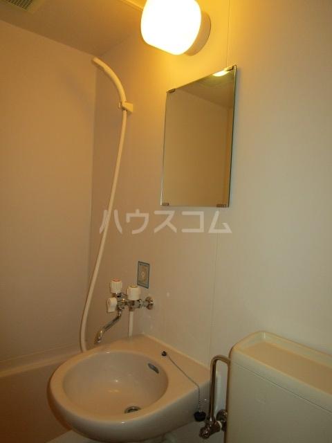 クリエイト国分寺 501号室の洗面所