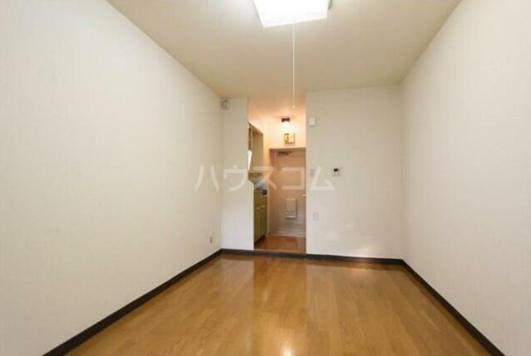 ネオハイシティ桜新町 105号室の居室