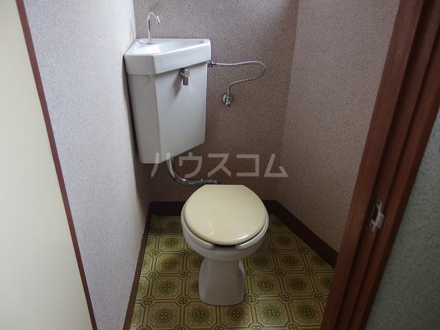 アイビル多摩 201号室のトイレ