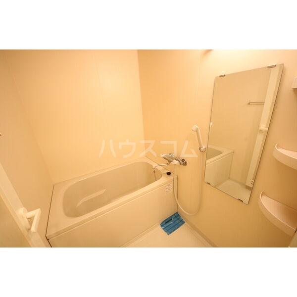 ライブコート泉 1304号室の風呂