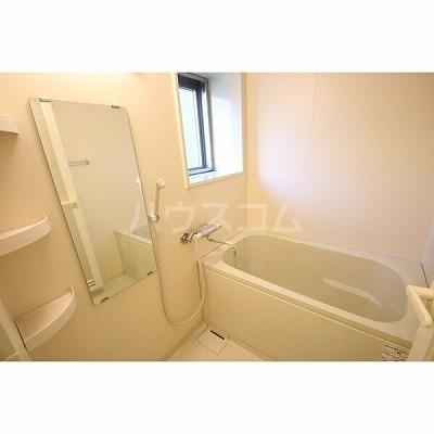 ライブコート泉 706号室の風呂