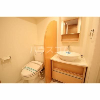 ライブコート泉 706号室の洗面所