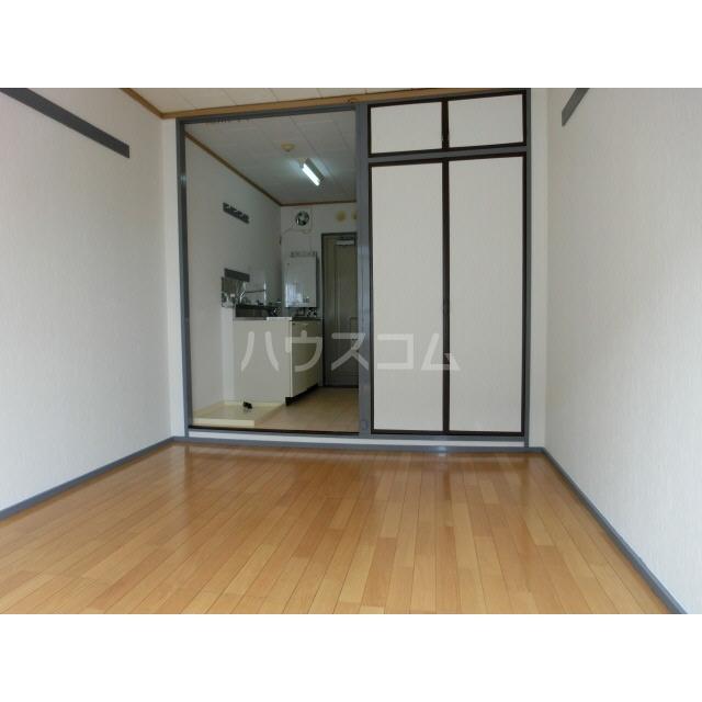 スカイハイツ土方 101号室の居室