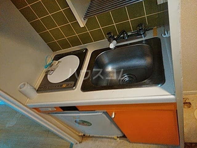ダイニチ館7番館 310号室のキッチン