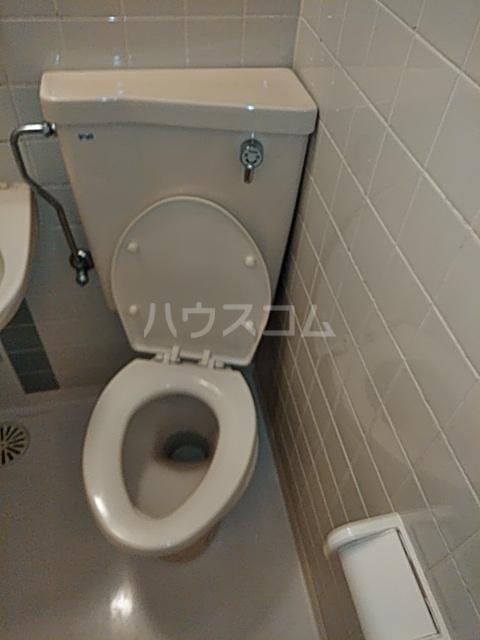 ダイニチ館7番館 310号室のトイレ