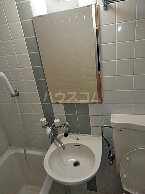 ダイニチ館7番館 310号室の洗面所