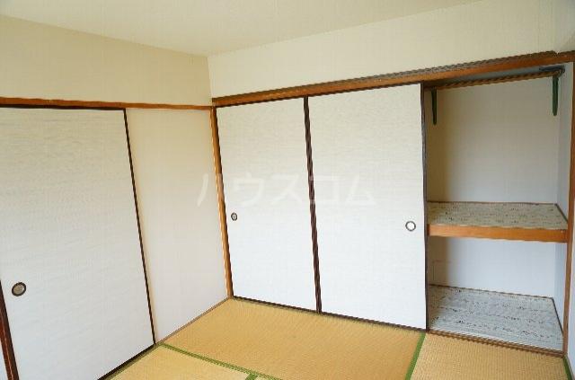 メゾンSⅡ 2C号室の収納