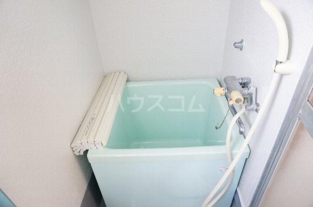 メゾンSⅡ 2C号室の風呂