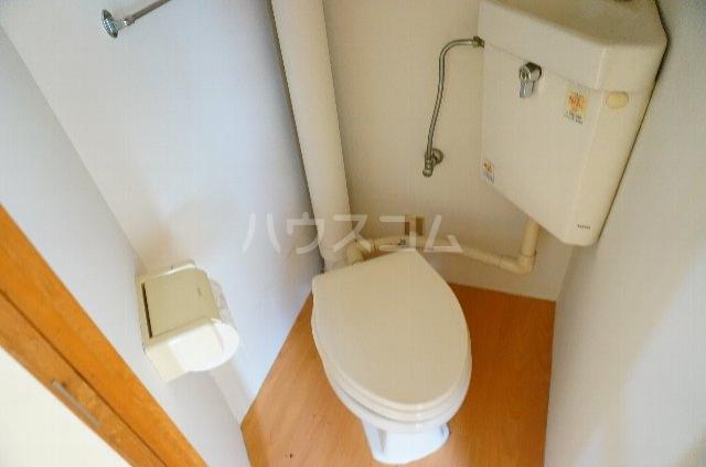 メゾンSⅡ 2C号室のトイレ