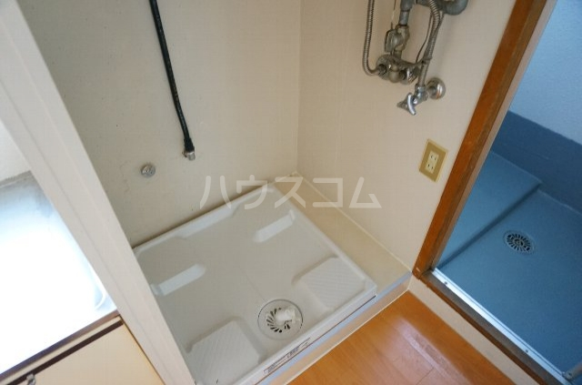 メゾンSⅡ 2C号室の洗面所
